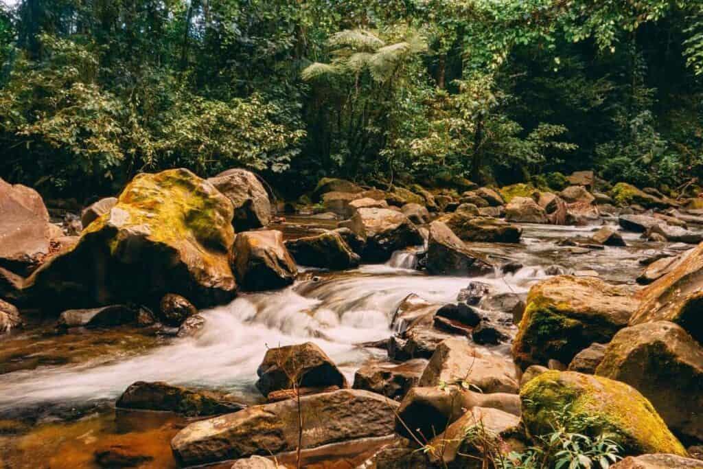 la fortuna waterfall stream