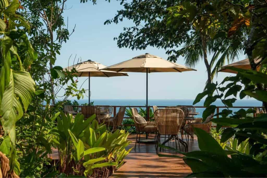 costa rica outdoor restaurant