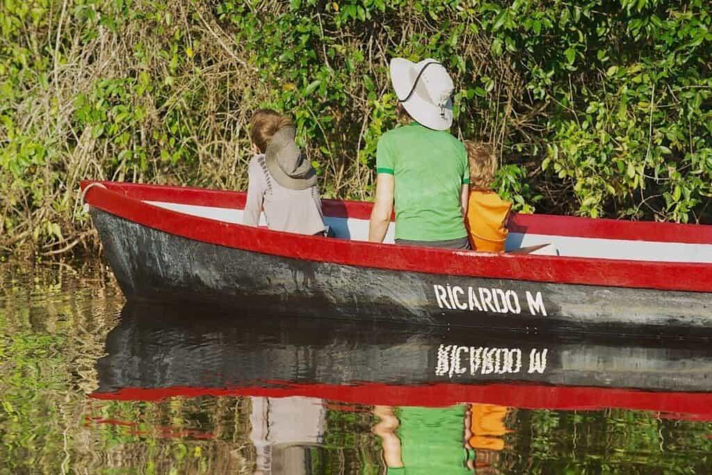 tortuguero family boat